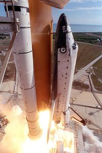 220px-STS-107_launch