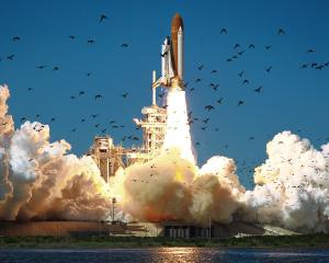 Space-shuttle-challenger-liftoff
