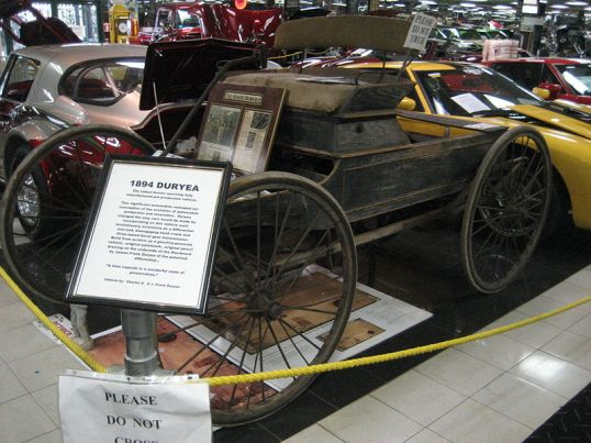 1894 Duryea horseless carriage, on display at Tallahassee Automobile Museum