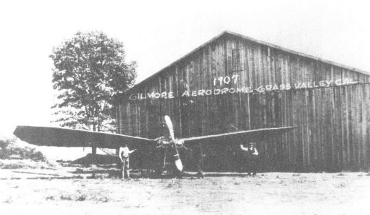One-of-Gilmores-planes-in-1907