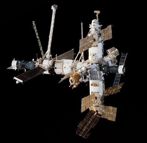 Feb 9, 1998 approach view of the Mir Space Station viewed from Space Shuttle Endeavour during the STS-89 rendezvous. A Progress cargo ship is attached on the left, a Soyuz manned spacecraft attached on the right.