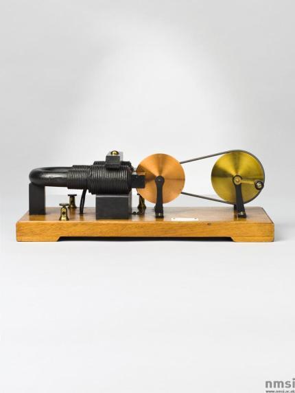 1889 replica of a Faraday Disc Generator