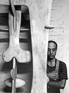 ISAMU-NOGUCHI-33-MACDOUGAL-ALLEY-NEW-YORK-NY-4-JULY-1947-1-c31424