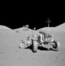 597px-Apollo_17_rover_at_final_resting_site