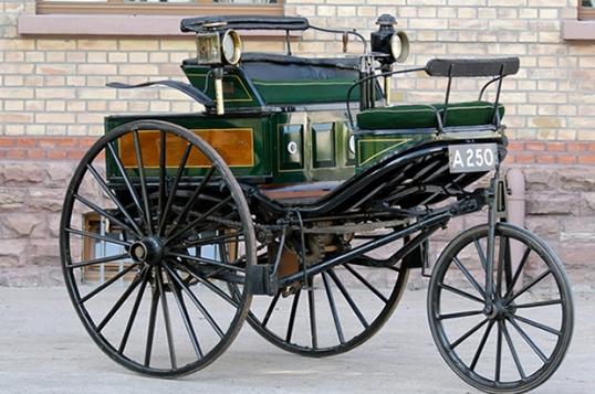Replica the Patent Motorwagen Bertha used