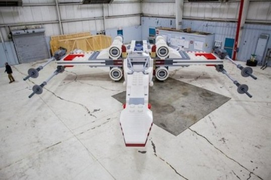 Lego and Cartoon Network team up to build the World's largest Lego model, a life-size X-Wing, using an astounding 5,335,200 bricks!