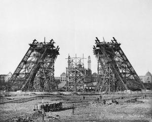 Construction of the legs with scaffolding, December 7, 1887