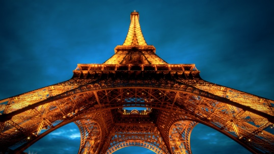 Eiffel-Tower-at-Night-Wallpaper-HD